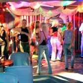 Як організувати нічний клуб