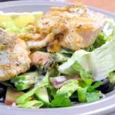Як приготувати салат з червоною рибою