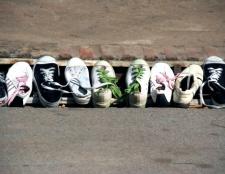 Як позбавити взуття від неприємного запаху