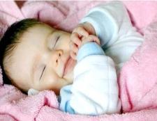 Як навчити немовляти спати всю ніч