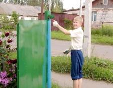 Як пофарбувати ворота
