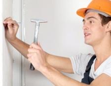 Як прикріпити стінові панелі