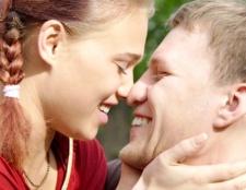 Як зізнатися у почуттях до чоловіка