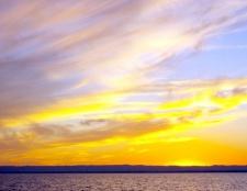Як малювати небо аквареллю