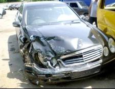 Як зняти аварійний автомобіль з обліку