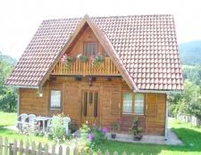 Як утеплити дерев'яний будинок