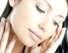 Як повернути шкірі еластичність