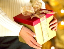 Як вручити подарунок на день народження