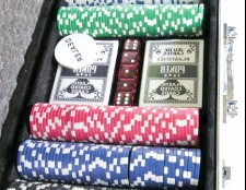 Як вибрати набір для покеру