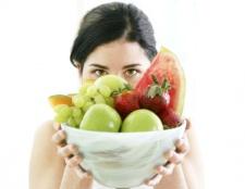 Як змусити себе їсти менше