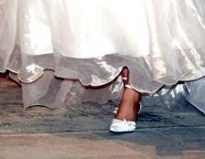 Як навчитися танцювати весільний вальс