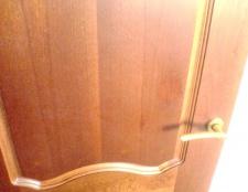 Як оновити стару міжкімнатні двері