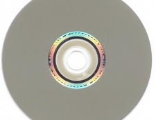 Як зробити з iso образу завантажувальний диск