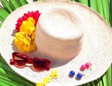 Як прикрасити капелюх