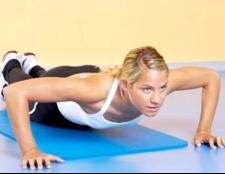 Як збільшити груди за допомогою фізичних вправ
