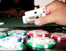 Як заробити на грі в покер